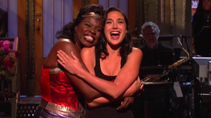 Gal Gadot Gets Help From Leslie Jones In Her First 'SNL' Monologue