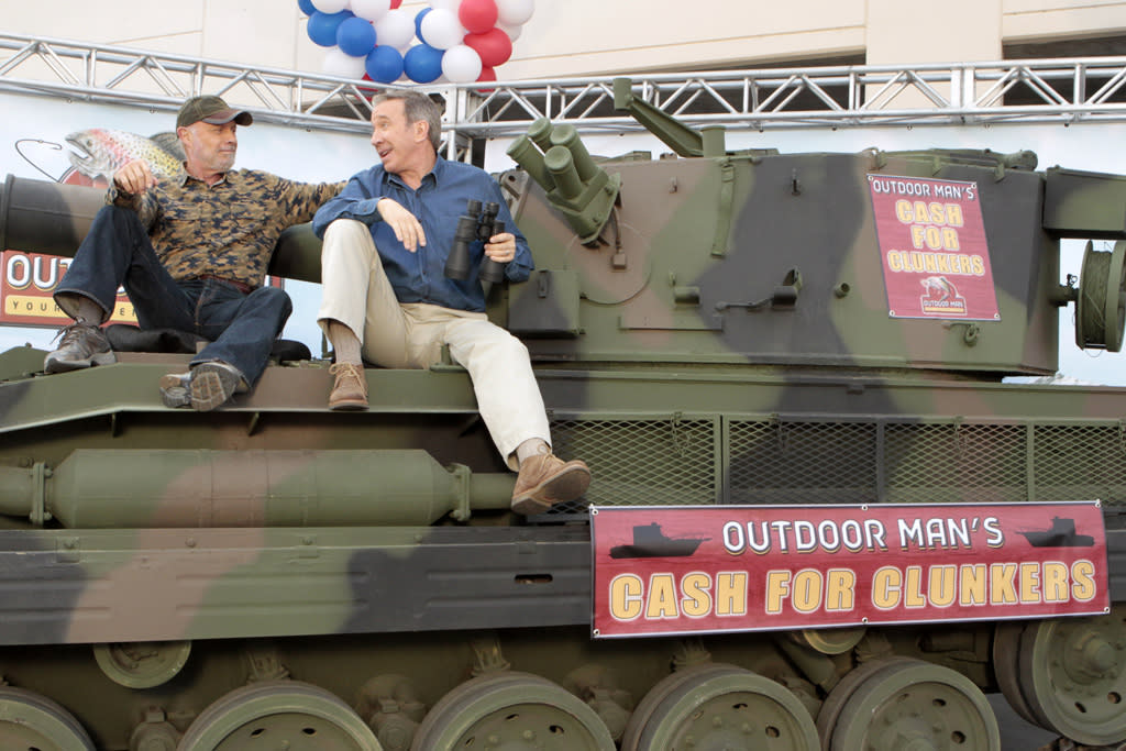 """<b>""""Last Man Standing""""</b><br><br>Tuesday, 5/1 at 8 PM on ABC<br><br><a href=""""http://yhoo.it/IHaVpe"""">More on Upcoming Finales </a>"""