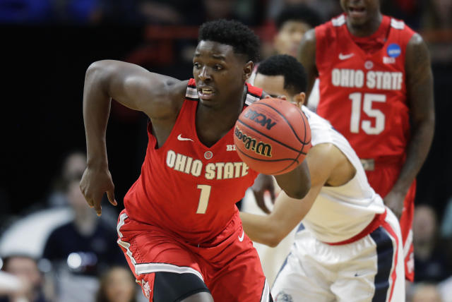 Ohio State forward Jae'Sean Tate (1) takes off on a fast break against Gonzaga during the second half of a second-round game in the NCAA men's college basketball tournament Saturday, March 17, 2018, in Boise, Idaho.(AP Photo/Ted S. Warren)