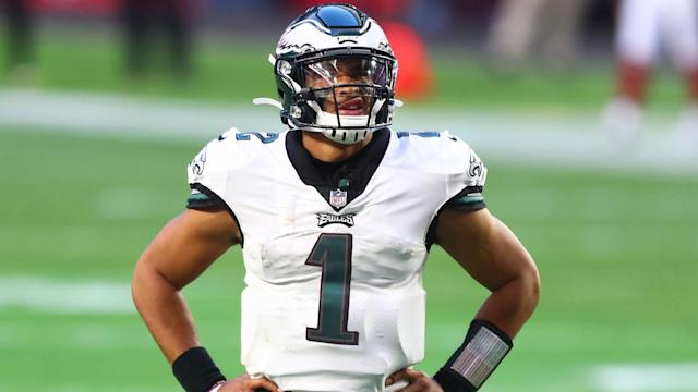 Jalen Hurts jersey number changes ahead of 2021 Eagles season