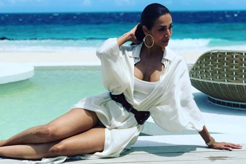 Malaika Arora Sends Temperatures Soaring in Bikini As She Spends Some Chill Out Time on Beach