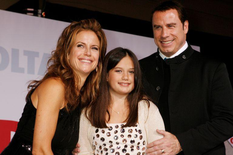 "Actor John Travolta and wife Kelly Preston pose with their daughter Ella Bleu Travolta at the premiere of their new film ""Old Dogs"" in Hollywood, California, November 9, 2009. REUTERS/Fred Prouser/File Photo"