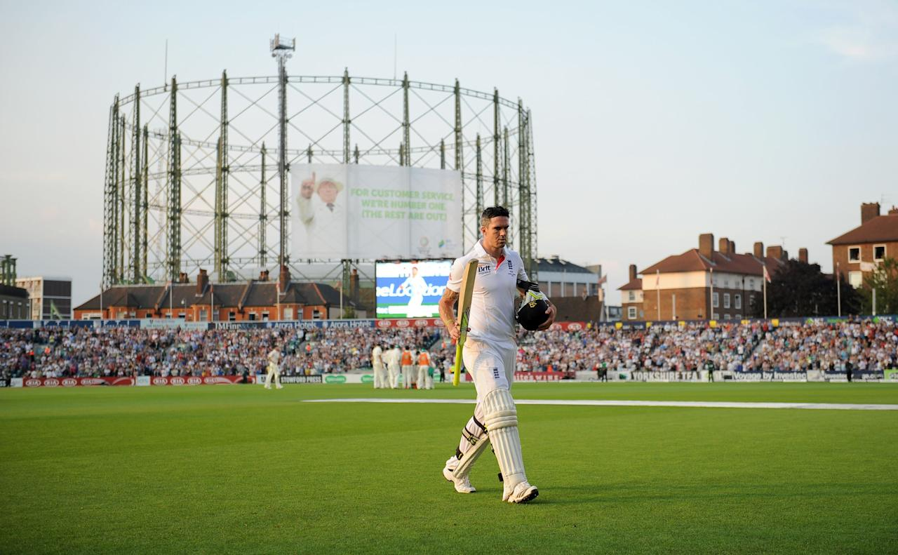 England's Kevin Pietersen leaves the field after losing his wicket for 62 during day five of the Fifth Investec Ashes Test match at The Kia Oval, London.