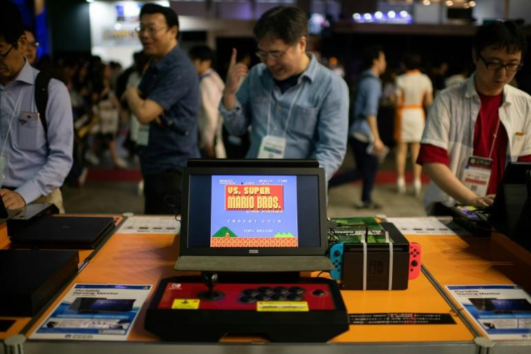 At the Tokyo Game Show, crowds were flocking not only to the latest smartphone shoot-em-up, but classic games from the 1980s