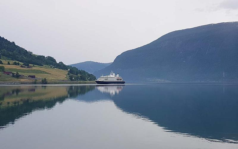 Sea Dream I has cancelled its voyage and is heading to port