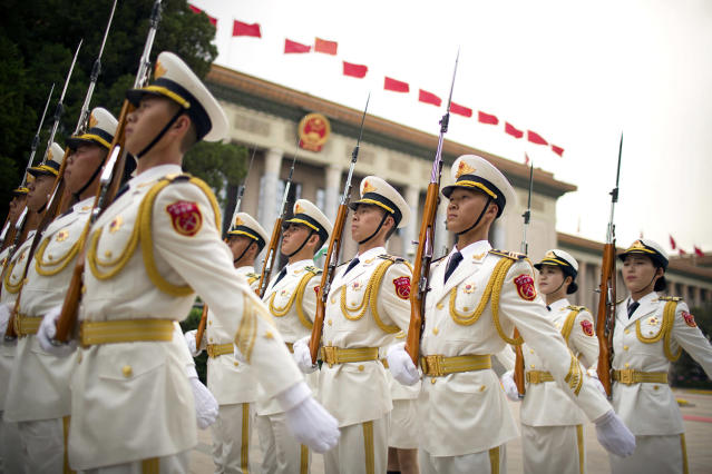 <p>Members of a Chinese honor guard line up in formation before a welcome ceremony for Uzbek President Shavkat Mirziyoyev at the Great Hall of the People in Beijing, May 12, 2017. (Photo: Mark Schiefelbein/AP) </p>