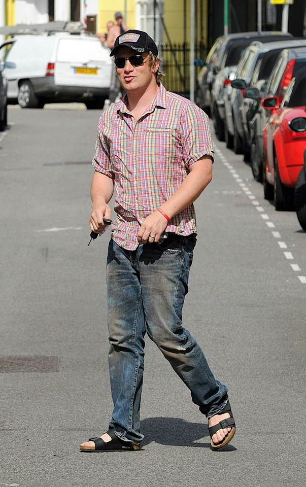 "Celebrity chef Jamie Oliver cooks up a catastrophe by slipping into those Birkenstocks! Gotcha Images/<a href=""http://www.splashnewsonline.com"" target=""new"">Splash News</a> - June 24, 2008"