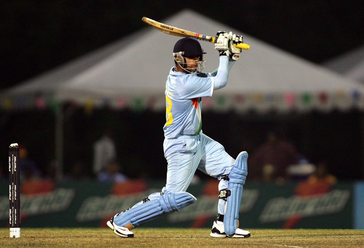 KUALA LUMPUR, MALAYSIA - FEBRUARY 27: Virat Kohli of India plays a pull shot against New Zealand during the ICC U/19 Cricket World Cup semi final match between India and New Zealand held at the Kinrara Cricket Ground on February 27, 2008 in Kuala Lumpur, Malaysia. (Photo by Stanley Chou/Getty Images)
