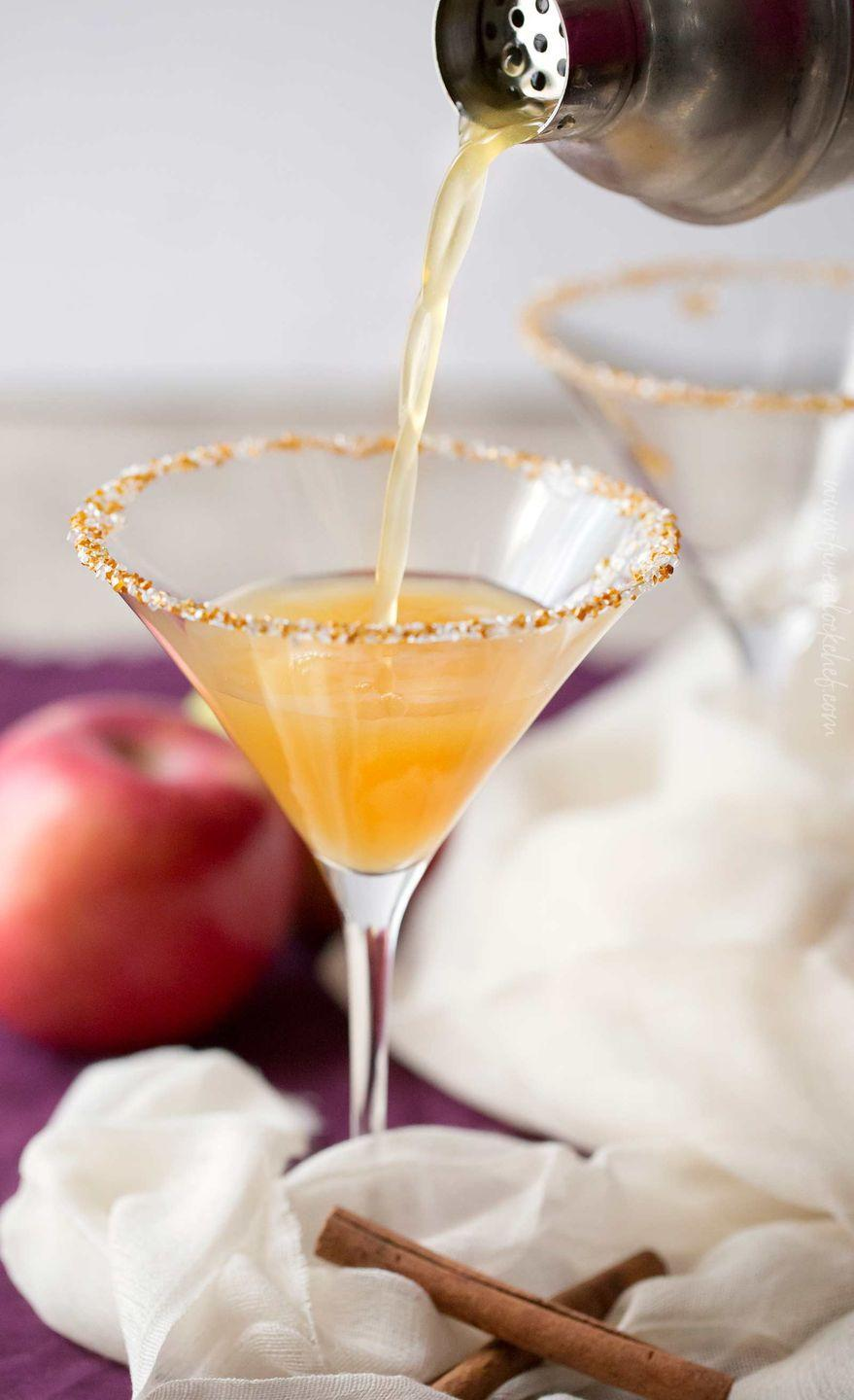 "<p>A little apple cider, a little caramel vodka, and a cocktail shaker is all you need for this sweet, seasonal drink.</p><p><strong>Get the recipe at <a href=""https://www.thechunkychef.com/spiced-caramel-apple-martini/"" rel=""nofollow noopener"" target=""_blank"" data-ylk=""slk:The Chunky Chef"" class=""link rapid-noclick-resp"">The Chunky Chef</a>.</strong></p><p><a class=""link rapid-noclick-resp"" href=""https://www.amazon.com/dp/B07YBJ483D?tag=syn-yahoo-20&ascsubtag=%5Bartid%7C10050.g.34690892%5Bsrc%7Cyahoo-us"" rel=""nofollow noopener"" target=""_blank"" data-ylk=""slk:SHOP BAR TOOLS"">SHOP BAR TOOLS</a></p>"