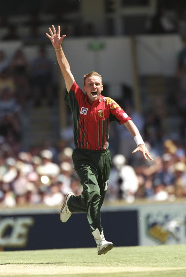 Jan 1998:  Allan Donald of South Africa in action during a One Day match in Sydney, Australia. \ Mandatory Credit: Ben  Radford/Allsport