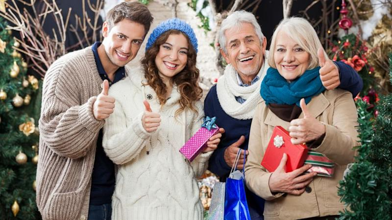 4 Expert Tips to Avoid Awkward Family Photos Thanksgiving Weekend
