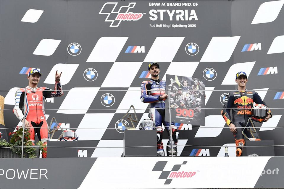 "Podio: 1º Miguel Oliveira, Red Bull KTM Tech 3, 2º Jack Miller, Pramac Racing, 3º Pol Espargaró, Red Bull KTM Factory Racing<span class=""copyright"">Gold and Goose / Motorsport Images</span>"