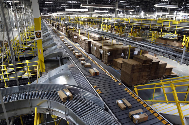 Amazon offers to help employees start delivery business""