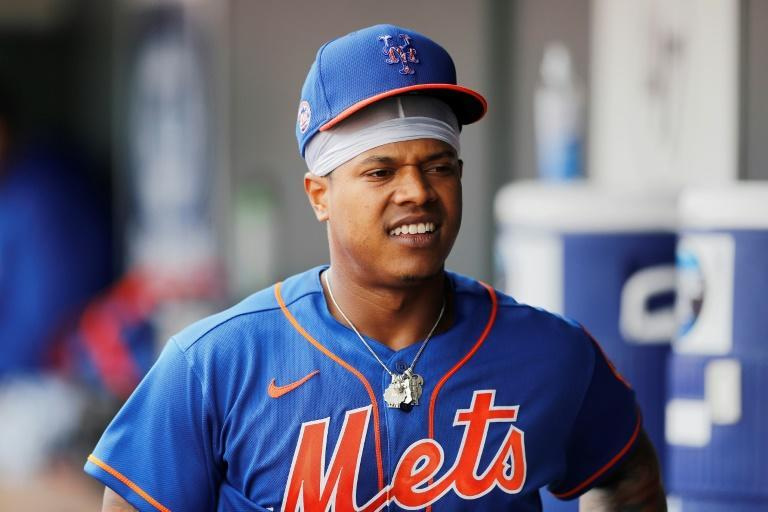 Pitcher Marcus Stroman is staying with the New York Mets, accepting a $18.9 million qualifying offer from the Major League Baseball club