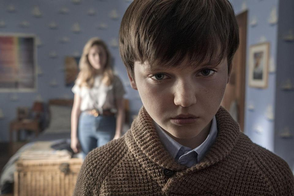 """<p>In <em>The Haunting of Bly Manor</em>, Benjamin Evan Ainsworth plays troubled sibling Miles, which is his first big role. He'll next star opposite Alyson Hannigan in <a href=""""https://www.imdb.com/title/tt8521736/?ref_=nm_flmg_act_1"""" rel=""""nofollow noopener"""" target=""""_blank"""" data-ylk=""""slk:Flora and Ulysses"""" class=""""link rapid-noclick-resp""""><em>Flora and Ulysses</em></a>.</p>"""