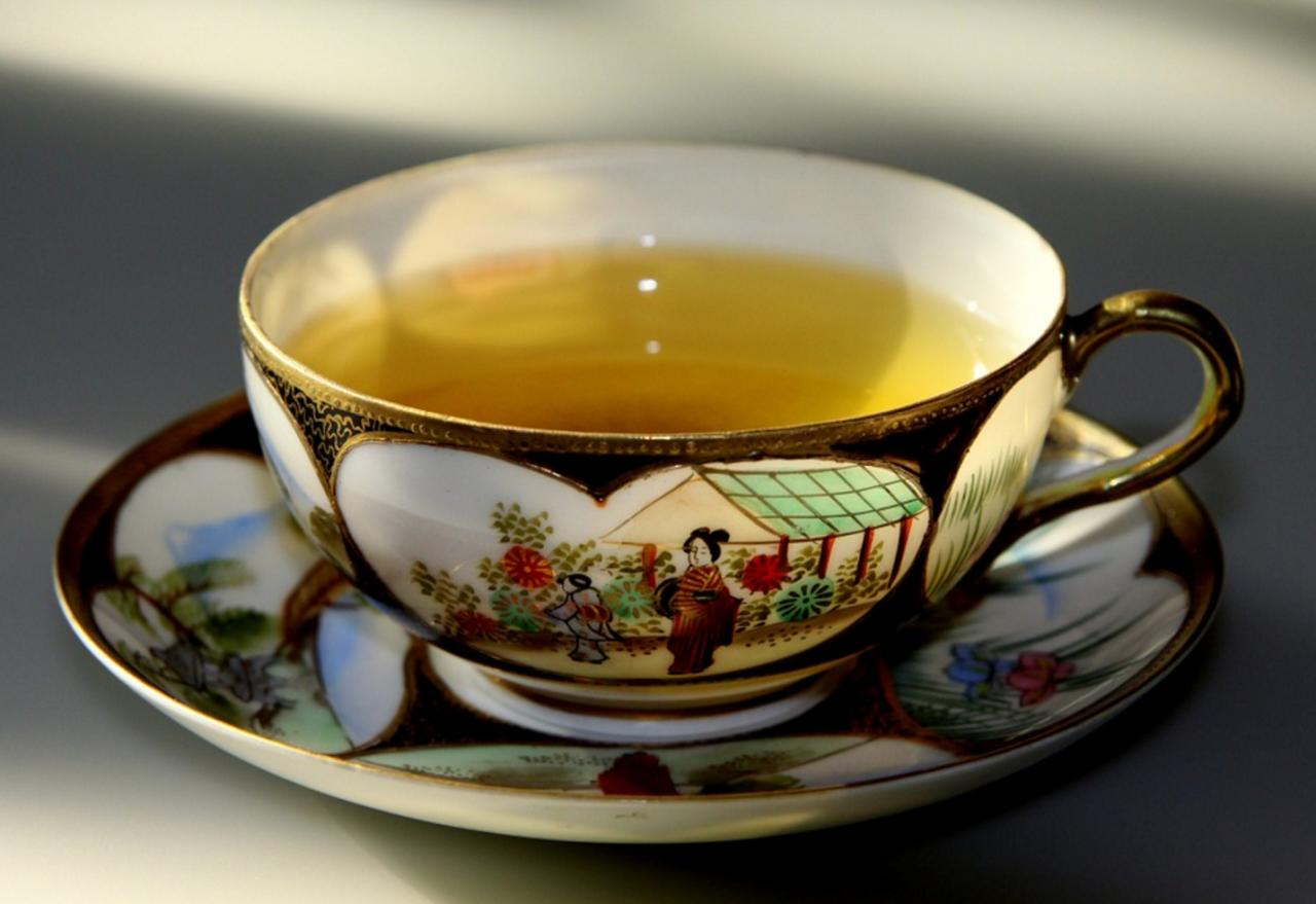<p>Green tea is full of antioxidants known as catechins, a compound known to assist liver function. </p><p><i>[Photo: Pixabay]</i></p>