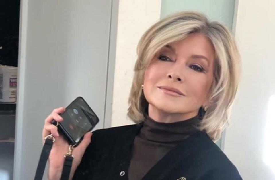 Martha Stewart, 78, is a total smokeshow in glammed-up photo: 'What a great new haircut can do!'