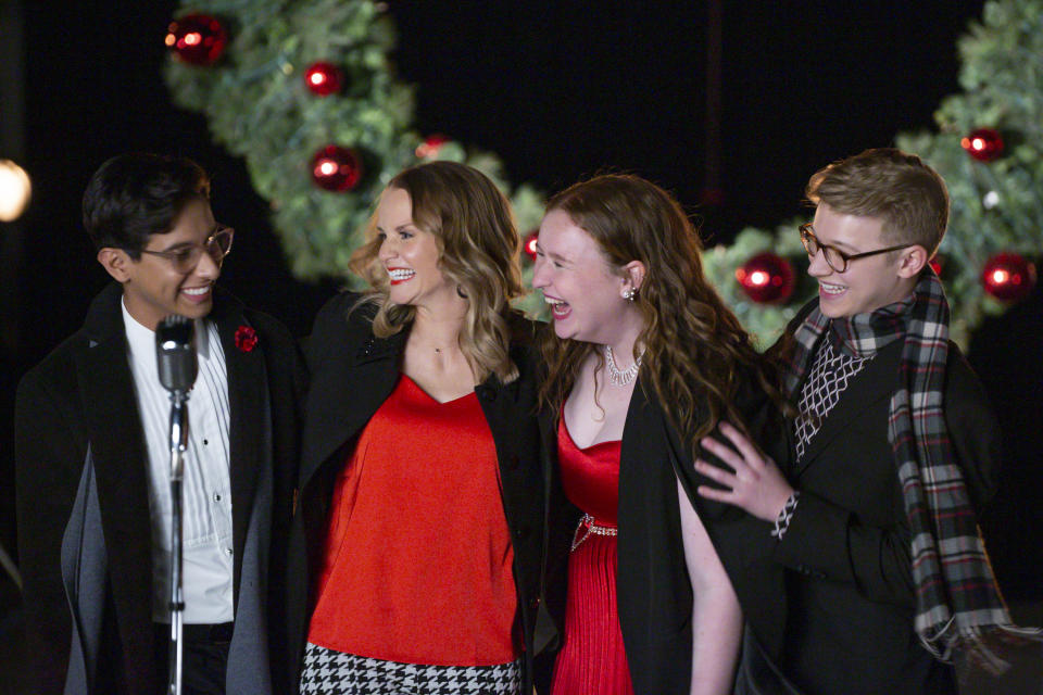 FRANKIE A. RODRIGUEZ, KATE REINDERS, JULIA LESTER, JOE SERAFINI in HIGH SCHOOL MUSICAL: THE MUSICAL: THE HOLIDAY SPECIAL (Disney+/Natalie Cass)