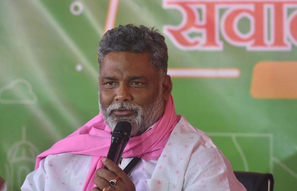 <strong>LOSES </strong>to Chandra Sekhar (RJD) by 53,377 votes from Madhepura