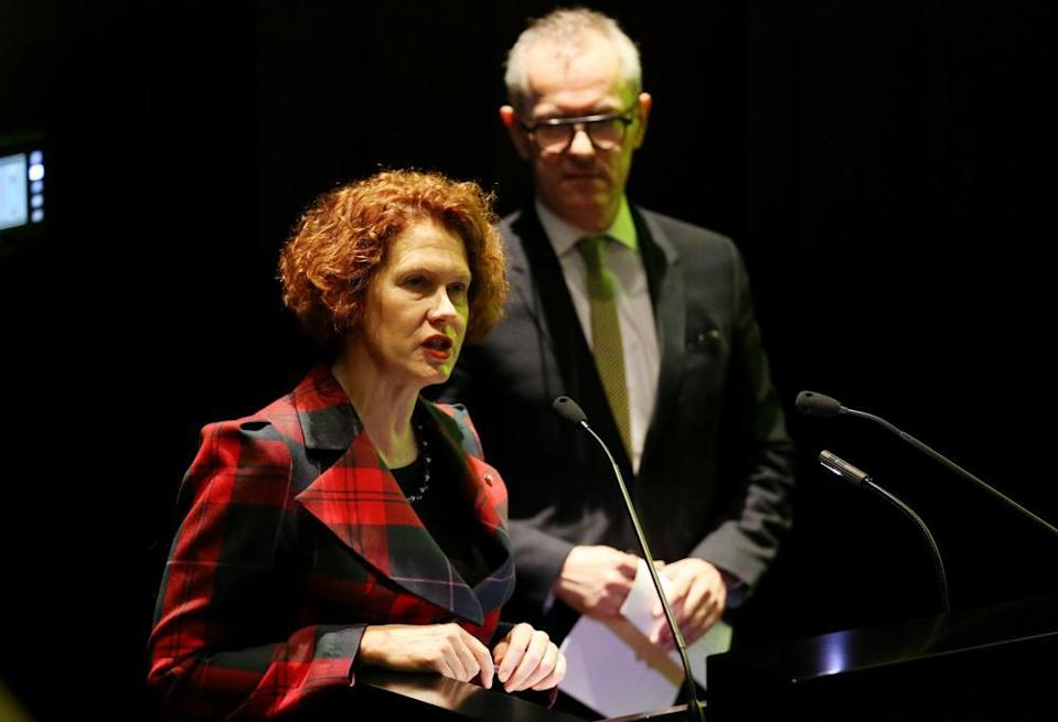 MCA director Elizabeth Ann Macgregor and AGNSW director Michael Brand in 2014.