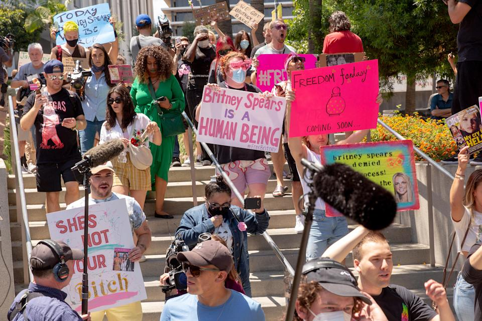 Supporters of Britney Spears outside a Los Angeles courthouse that hosted her hearing, June 23, 2021. (Allison Zaucha/The New York Times)
