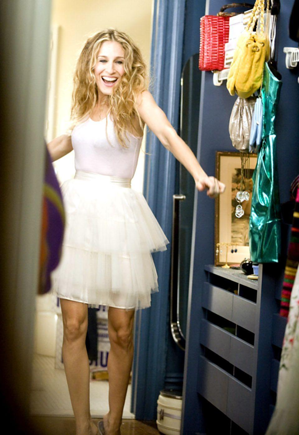 <p>What would the '90s have been without the narrations and closet of NYC lover and shopaholic Carrie Bradshaw? The character played by Sarah Jessica Parker will forever go down as the best of all time. Find a frothy tutu to channel this iconic ballerina-inspired look. </p>