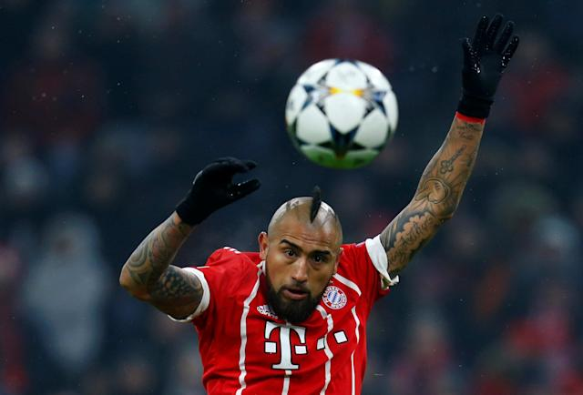 Soccer Football - Champions League Round of 16 First Leg - Bayern Munich vs Besiktas - Allianz Arena, Munich, Germany - February 20, 2018 Bayern Munich's Arturo Vidal in action REUTERS/Ralph Orlowski