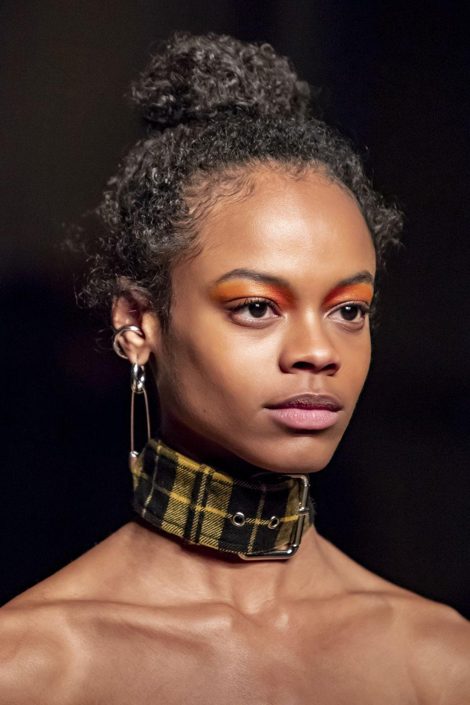 <p>Here for a major choker moment. Forget dainty styles and get on board with thicker eye-catching ones, instead. </p><p><em>Monse</em></p>