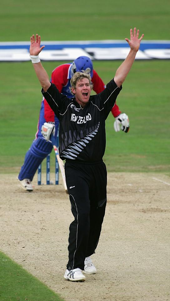 New Zealand - 210 runs vs U.S.A. [Target - 348; Champions Trophy 2004]  Sri Lanka - 206 runs vs Netherlands [Target - 293; Champions Trophy 2002]  South Africa - 176 runs vs Kenya [Target - 317; Champions Trophy 2002]  New Zealand - 167 runs vs Bangladesh [Target - 245; Champions Trophy 2002]  Australia - 164 runs vs New Zealand [Champions Trophy 2002]