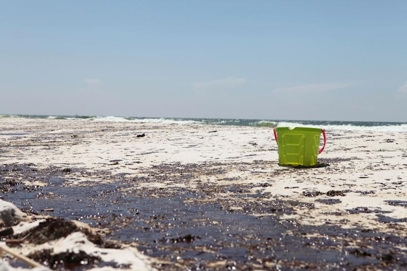 An oil-stained beach in Pensacola, Florida, in the wake of the Deepwater Horizon oil spill in 2010. (Photo: Staff Photographer / reuters)