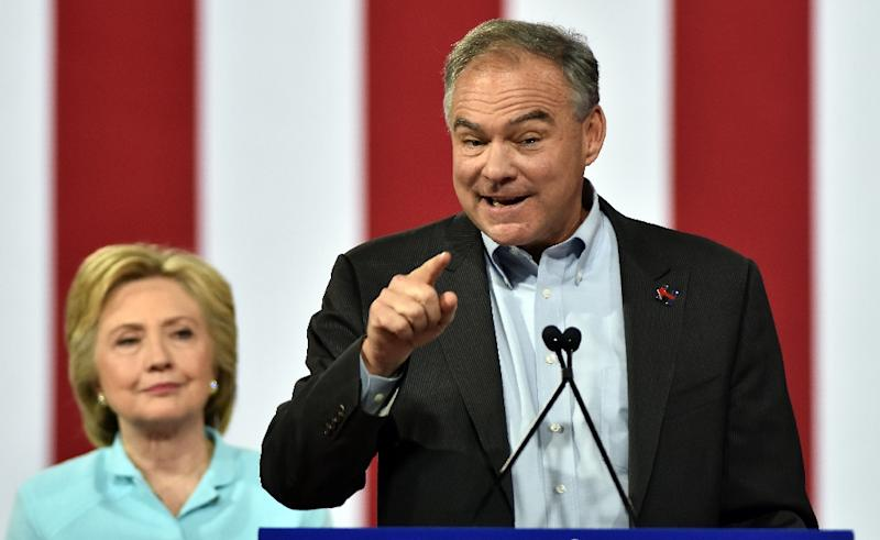 Democratic vice presidential candidate Tim Kaine speaks at a campaign rally at Florida International University in Miami on July 23, 2016 (AFP Photo/Gaston De Cardenas)