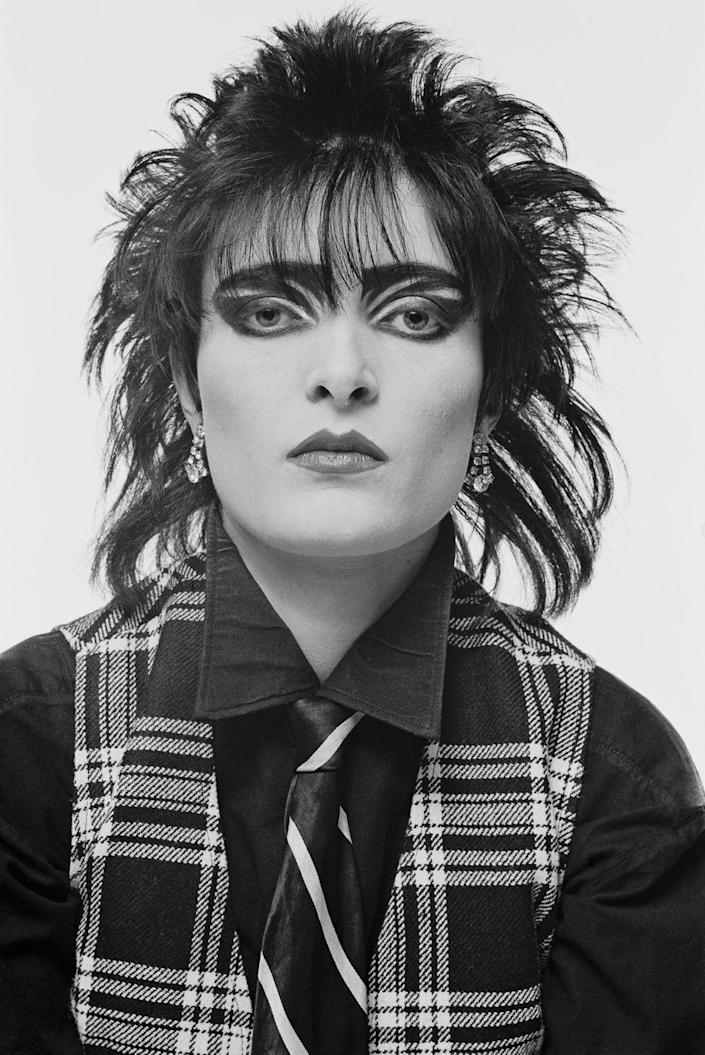 <p>Musician Siouxsie Sioux and her goth-meets-punk style brought wispy, all-over-the-place hair into popularity.</p>