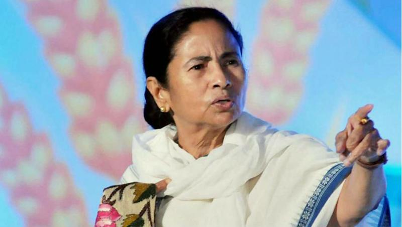West Bengal CM Mamata Banerjee Says BJP 'Collecting Garbage', As 2 TMC MLA, 27 Councillors Join Saffron Party in Last Two Days