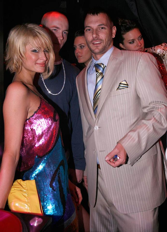 """As the night wore on, Paris ditched Nicky in favor of spending some quality time with Britney's ex, Kevin Federline. Classy! Chris Weeks/<a href=""""http://www.wireimage.com"""" target=""""new"""">WireImage.com</a> - December 31, 2007"""