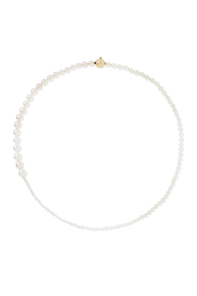 "<p><a href=""https://www.popsugar.com/buy/Sophie-Bille-Brahe-Petite-Peggy-14-Karat-Gold-Pearl-Necklace-493926?p_name=Sophie%20Bille%20Brahe%20Petite%20Peggy%2014-Karat%20Gold%20Pearl%20Necklace&retailer=net-a-porter.com&pid=493926&price=1%2C980&evar1=fab%3Aus&evar9=46669419&evar98=https%3A%2F%2Fwww.popsugar.com%2Ffashion%2Fphoto-gallery%2F46669419%2Fimage%2F46673820%2FSophie-Bille-Brahe&list1=jewelry%2Cfall%20fashion%2Ctrends%2Cfall&prop13=mobile&pdata=1"" rel=""nofollow"" data-shoppable-link=""1"" target=""_blank"" class=""ga-track"" data-ga-category=""Related"" data-ga-label=""https://www.net-a-porter.com/us/en/product/1160413/Sophie_Bille_Brahe/petite-peggy-14-karat-gold-pearl-necklace"" data-ga-action=""In-Line Links"">Sophie Bille Brahe Petite Peggy 14-Karat Gold Pearl Necklace</a> ($1,980)</p>"