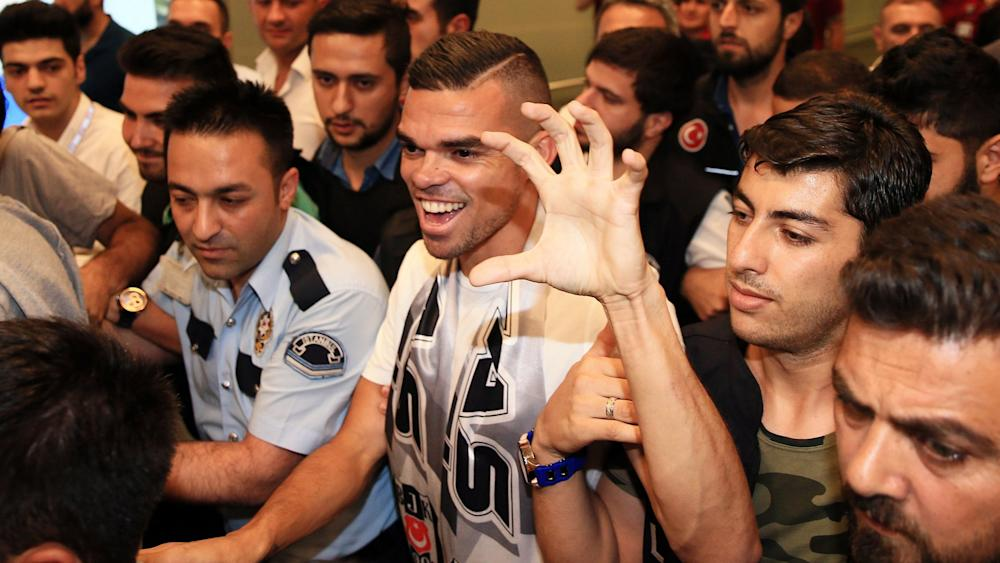 Pepe arrives Istanbul
