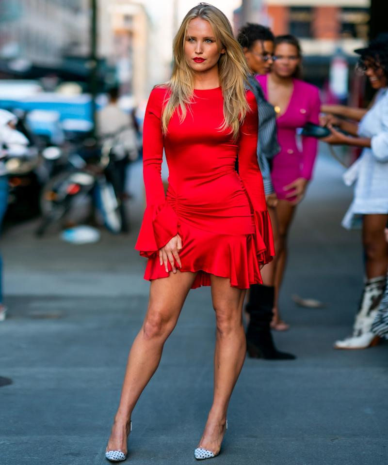 Christie Brinkley's Daughter, Sailor, Looks Identical to Her Mom in This Red Minidress