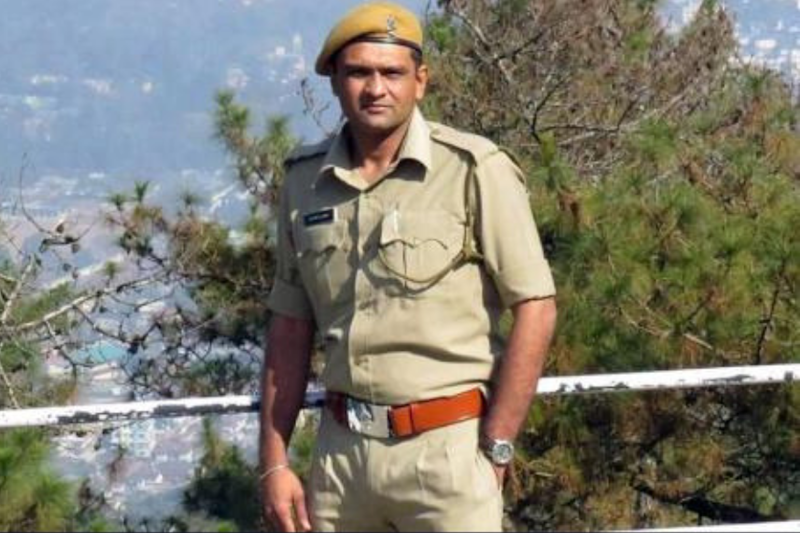 A Rare Species: An Officer Who Left His First-Class Post in Mumbai to Become a Forest Ranger in Gujarat