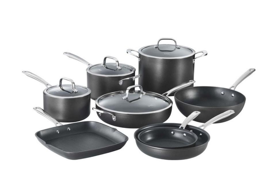 One Hard Anodised 8 Piece Cookset.
