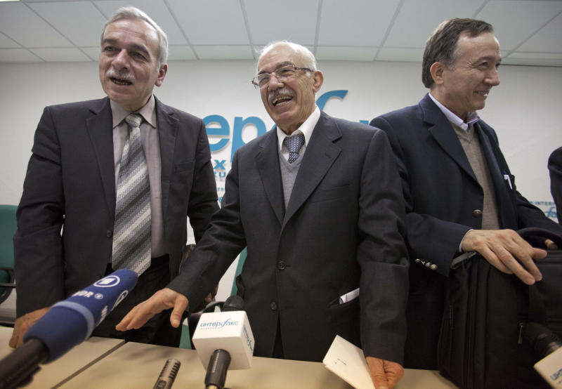 Members of the Syrian opposition delegation, with from left, Abdul-Aziz al-Kheir, a spokesman for the National Coordination Body for Democratic Change in Syria; Hassan Abdul-Azim, head of the opposition National Coordination Body; and Haytham Manna, spokesperson of the Arab Commission for Human Rights, as they attend a news conference in Moscow on Tuesday, April 17, 2012. Members of the Syrian opposition delegation say they hope that Russia will apply its power to persuade Syrian President Bashar Assad to observe Kofi Annan's cease-fire plan. (AP Photo/Alexander Zemlianichenko)