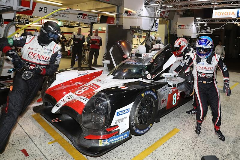 Alonso: Tremendous privilege to lead Le Mans