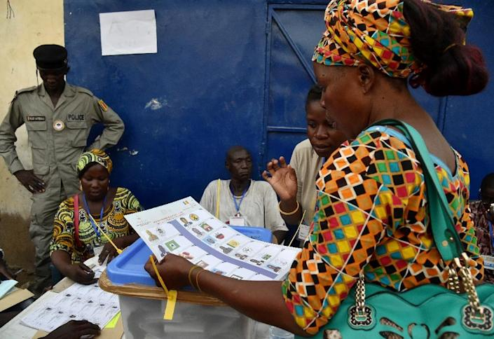 More than six million people had been asked to choose between 13 presidential hopefuls in the vote, with turnout pegged at more than 71 percent (AFP Photo/Issouf Sanogo)