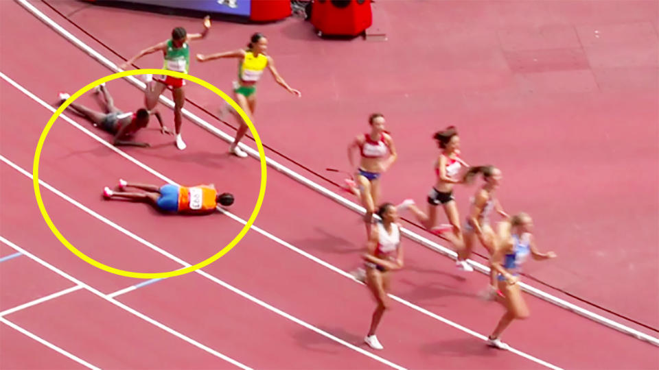 Sifan Hassan still won her 1500m heat despite falling with 400m to go. Image: Channel 7