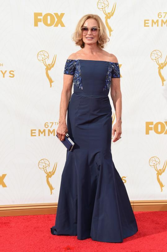 <p>Sure, Jessica Lange's J. Mendel navy gown is chic, but it's the sunglasses that she refused to take off for pictures on the step-and-repeat that deserves all the things. </p>