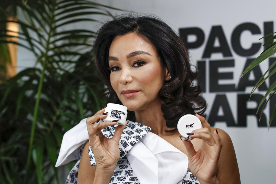HAMBURG, GERMANY - FEBRUARY 23: Verona Pooth poses during the photocall for the production launch of Pacific Healthcare at Elbphilharmonie on February 23, 2021 in Hamburg, Germany. (Photo by Franziska Krug/Getty Images)