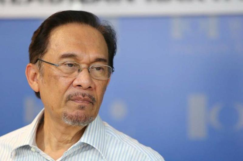 Court dismisses Anwar's bid for physical contact during prison visits