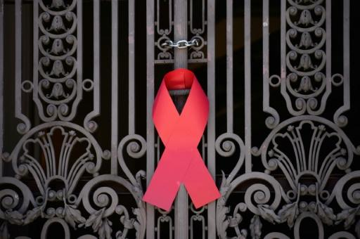 UN says global fight against AIDS is at