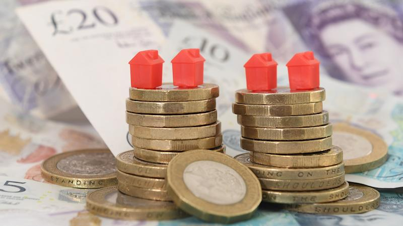 House sellers' asking prices 'average nearly £3,000 per square metre'