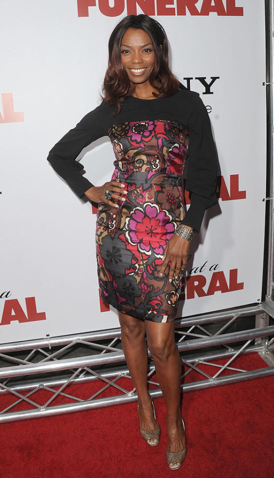"""<a href=""""http://movies.yahoo.com/movie/contributor/1800018824"""">Vanessa Williams</a> at the Los Angeles premiere of <a href=""""http://movies.yahoo.com/movie/1810077967/info"""">Death at a Funeral</a> - 04/12/2010"""