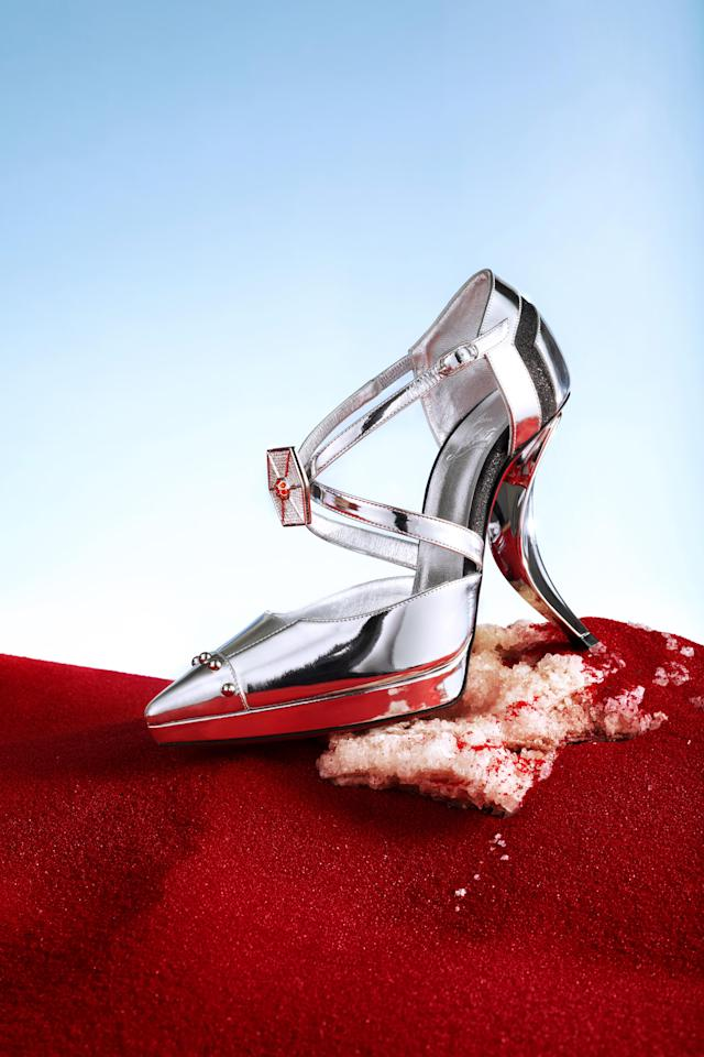 The Captain Phasma shoe from Christian Louboutin's collection for <i>Star Wars: The Last Jedi</i>. (Photo: Guillaume Fandel for Disney)